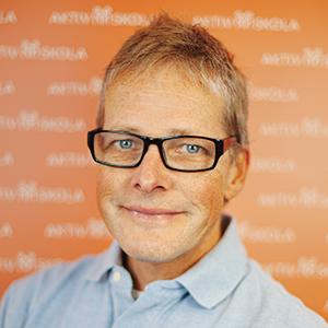 Läs mer om Niklas Wallén